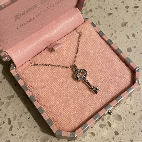 BNIB Juicy Couture Key Necklace